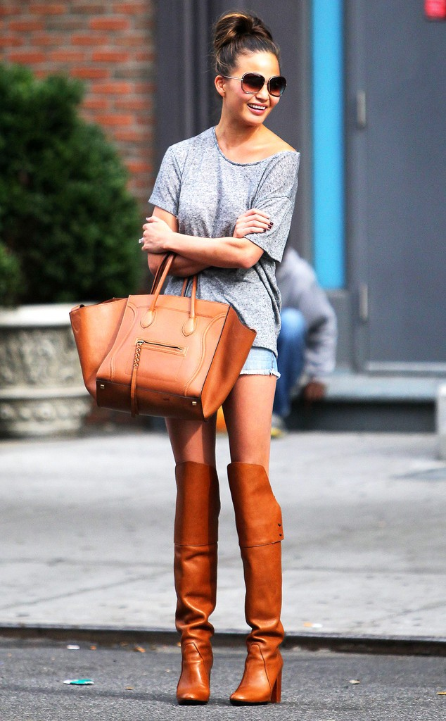 rs_634x1024-131003164641-634.Christine-Teigen-Over-The-Knee0Boots.ms.100313